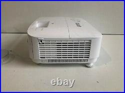 BenQ TH671ST Short Throw 1080P Home Gaming Projector 3000 ANSI Lumens