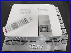 BenQ W1070 DLP Projector, nearly new condition