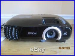 Epson EH-TW5200 Full HD 2D/3D Tri-LCD Projector