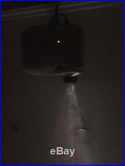 Epson PowerLite Home Cinema 1080UB 3xLCD Projector in white