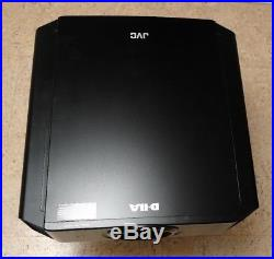 JVC DLA-X30 Beamer Projektor schwarz TOP kalibriert + neuwertige Lampe X30