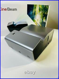 LG CineBeam Portable Projector PH450UG Ultra Short Throw Mint Condition