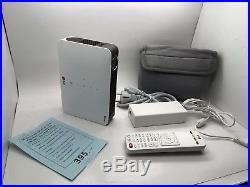 LG PW700 LED Projektor (169,1000001, 700 ANSI) Bluetooth Pocket Mobile Beamer