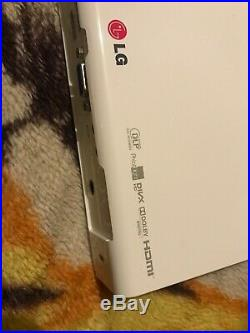 Lg led projector WXGA Portable And Amazing Quality PA72G