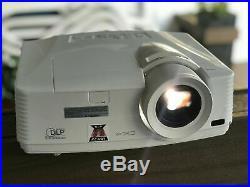 Mitsubishi WD570U HDMI Home Theatre Projector 3500 Lumens 3D USB Network REMOTE