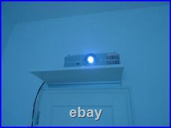 Optoma 4k Beamer UHD550X DLP Heimkino Projektor nur 909h im Ecomodus gelaufen