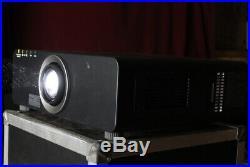 Panasonic PT-DZ6700DLP HD-Konferenz-Beamer Projektor projector 1920x1200 4h